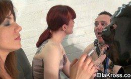 Ella Kross en haar persoonlijke asbakken