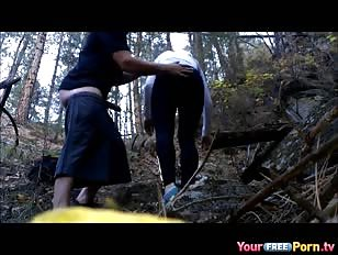 Seks plezier in het bos