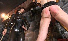 Ella Kross en de slaaf met rode kont
