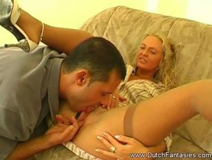Handyman met een blonde